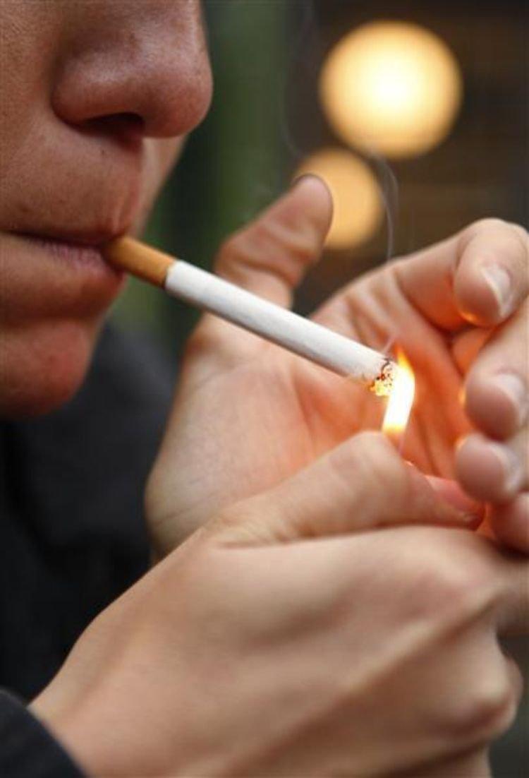 L'interdiction de fumer dans la rue, c'est pour bientôt