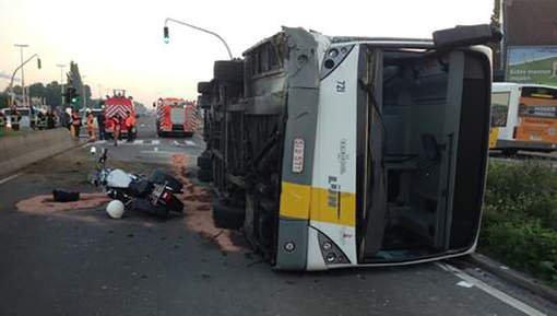 Circulation compliquée sur A12 après l'accident d'un bus