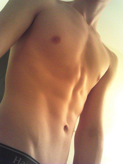 De la testostérone en masse sur ce blog plein de beaux mâles !
