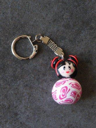 Porte Clés poupée kokeshi en fimo : Porte clés par jl-bijoux-creation