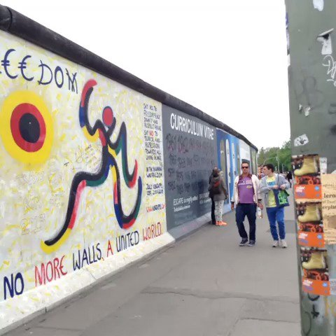 Just bein tourists at big Berlin Wall @kimmydavidson hiiiii x