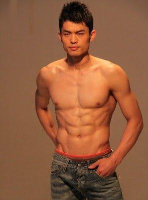 I-BuzzAbout: World No 1 shuttler Lin Dan Covers Men's Health Magazine!!