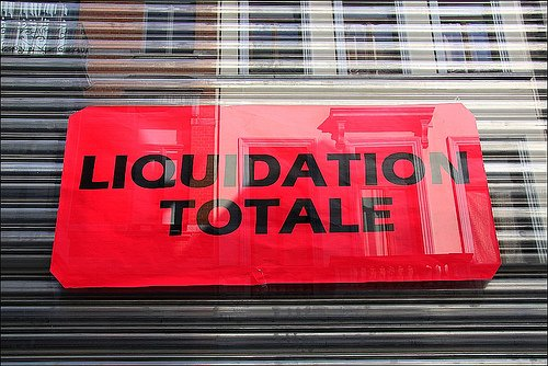 Stratégie du choc: comment le FMI et l'Union européenne bradent la Grèce aux plus offrants