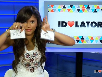 Zendaya Giveaway: Watch Her Sign Two Blank Cassettes & Enter To Win!