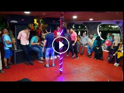Video - Funny Acting Show Ras El Bar Floating Boat - DiziVizi.com