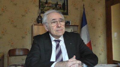"""Bernard Chalumeau : """"on est passé du droit des gens au droit des banquiers, ce qui mène à la guerre"""""""