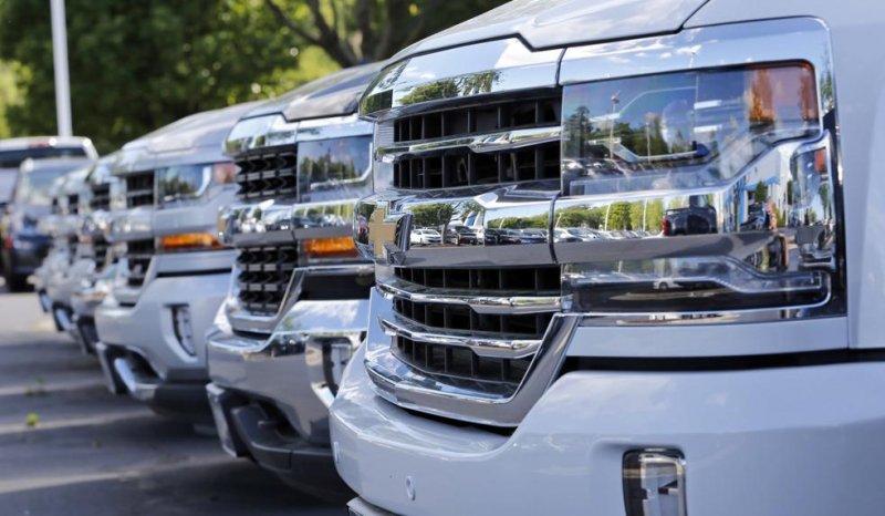 August U.S. auto sales down 2%