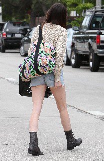 2011 05 16   Ali Lohan out and about candids in Venice Beach   0013
