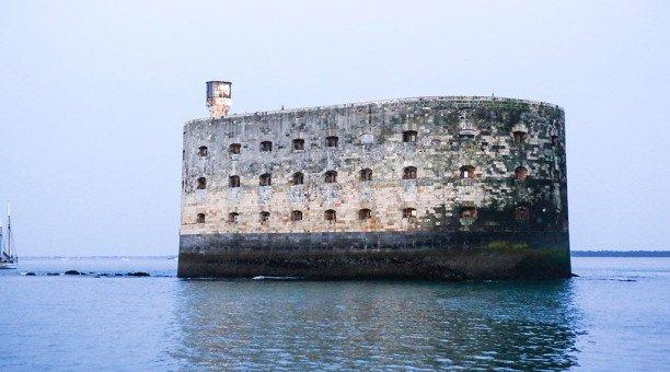 Fort Boyard : les 10 secrets du jeu d'aventure de France 2