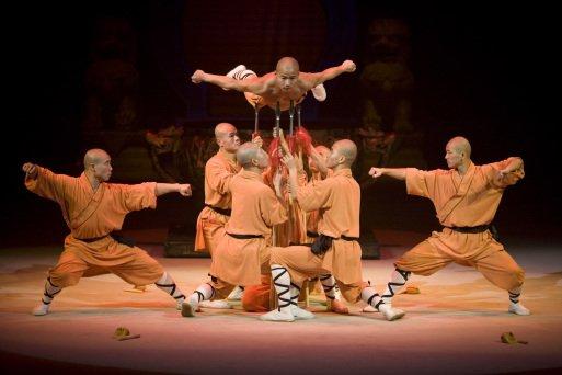 Spectacle 2015 : Le Petit Dragon - Cirque Phénix