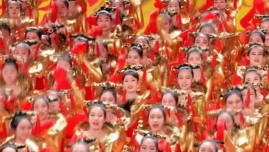les chinois fête leur nouvel an lunaire pour voir la vidéo cliquer sur la premiere image c'est jolis !!bonne nuit mes amis et bon dimanche