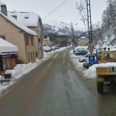 Un car transportant des enfants belges se renverse dans les Hautes-Alpes