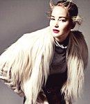 ♦ Suivez toute l'actualité de la belle Jennifer Lawrence !