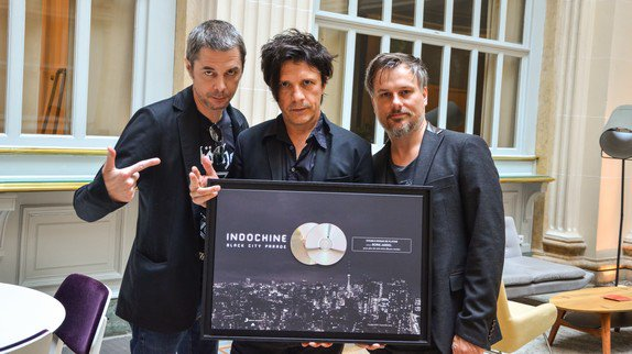 Indochine crée son label Indochine Records et annonce la sortie d'un nouvel album