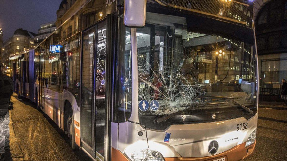 02-02-2018 - Bruxelles - Accident de bus, un des six piétons fauchés grièvement blessé