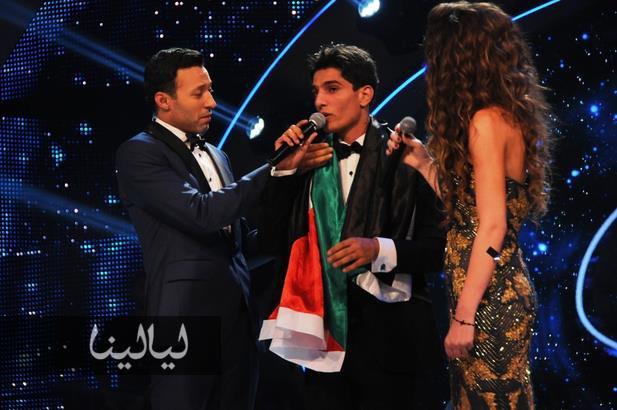 "MBC.net - محمد عساف يبدأ مشوراه ويختمه في ""Arab Idol"" بـ صافيني مرة"