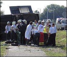 20 minutes - Crash du bus d une équipe féminine: deux morts - Autres