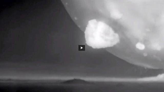 VIDEO. Essais nucléaires : les Etats-Unis dévoilent des images hallucinantes
