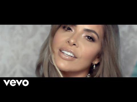 Gloria Trevi se déclare masochiste et lance son nouveau single intitulé Que me duela - LNO