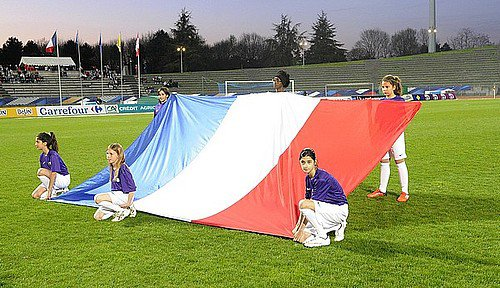 Foot féminin à Bobin : France / Canada- Conseil départemental de l'Essonne - CG91