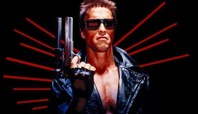 Arnold Schwarzenegger Wants To Teach You All About Climate Change /Arnold Schwarzenegger a répondu à l'invitation du président de la Commission européenne pour venir parler climat.