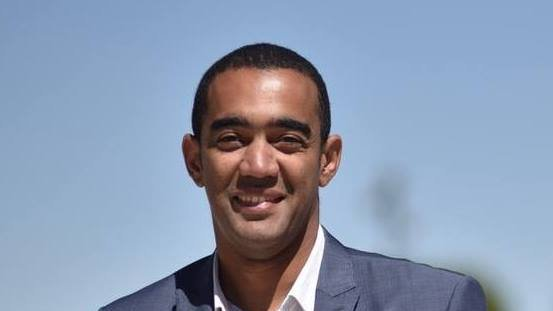 LEGISLATIVES A MARSEILLE (quartiers nord) Saïd Ahamada élu député LREM face à Sophie Grech (FN) - France 3 Provence-Alpes-Côte d'Azur