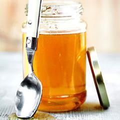 Ingestion d'une pile bouton: donner régulièrement du miel en se rendant immédiatement à l'hôpital
