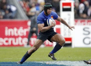 """Rugby - Thierry Dusautoir : """"Ma décision sera prise avant la fin de l'année"""""""