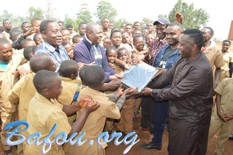 Bienvenue à Bafou.org - Don d'ordinateurs au CETIC de Loung et au Collège IMOS de Ndziih par l'Association ALL-JUSTE représentée par Michel NGOUENE
