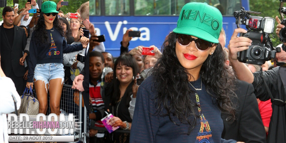 REBELLE RIHANNA • Le fansite Officiel Français de Rihanna-Infos, Photos & Vidéos !