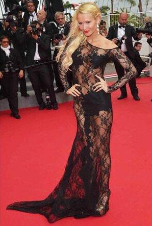 Tatiana-Laurens: Sexy et Chic au Festival de Cannes ! [PHOTOS] | ThePeopleTimes.fr