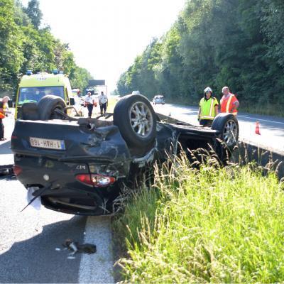Un dramatique accident de la route sur l'E429 à Popuelles fait un tué, trois autres passagers sont dans un état jugé critique