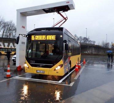 Charleroi: les bus hybrides ont pris leur service
