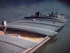 La batellerie - Expérience fluviale sur les fleuves, canaux et rivières navigables! Transport fluvial - Batellerie - Péniche - ARRÊT: Participation
