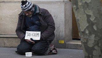 Pétition : Pourquoi loge-t'on les migrants alors que les SDF sont dans la rue en France !