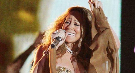 """Mariah Carey : le live d'une diva pas si """"Triumphant"""""""