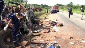 Côte d'Ivoire : une collision entre deux cars fait 40 morts