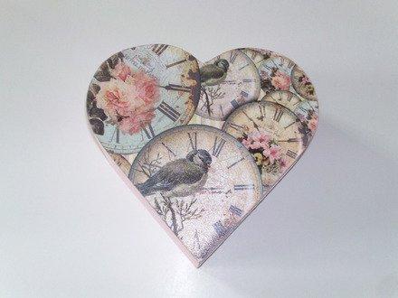 boîte à bijoux femme en bois cœur vintage par ameline : Boîtes, coffrets par idees-cadeaux-d-ameline