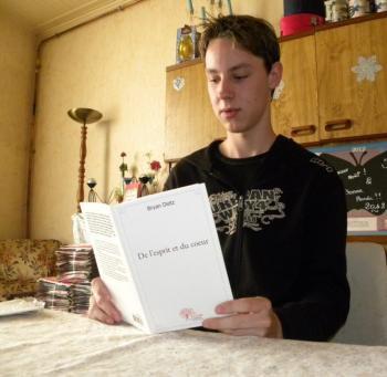 Sainte-Livrade-sur-Lot. Les vers de Bryan Dietz pour inventer un monde meilleur - La Dépêche