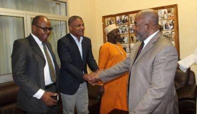 Salon du livre Comores-Océan indien : le chef de l'Etat va «patronner» le Salon du livre Comores-Océan indien - Al-watwan, quotidien comorien, actualités et informations des Comores