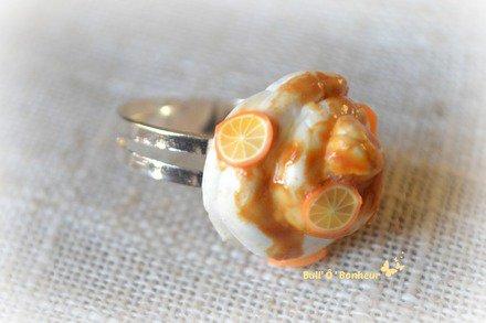 Bague chantilly avec coulis de caramel et rondelles d'orange : Bague par bull-o-bonheur