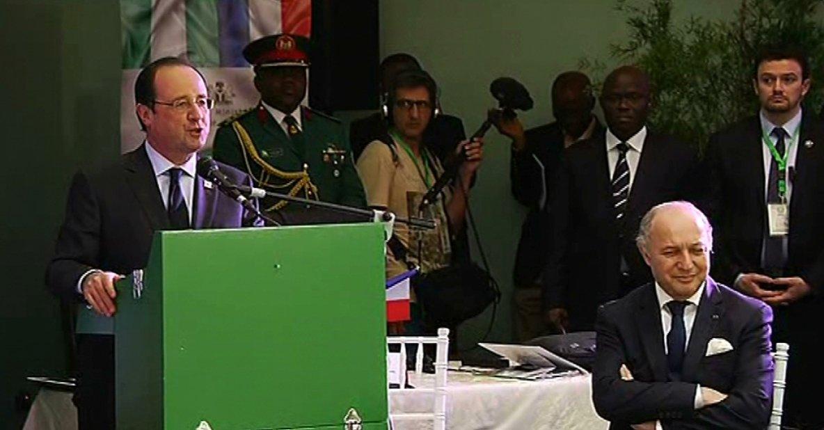 François Hollande, s'est rendu à Abuja
