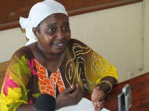 Actualité des Comores / Double meurtre de mardi soir à Mutsamudu : Fatima Bacar dénonce le laxisme de la gendarmerie / Al-Watwan, quotidien comorien