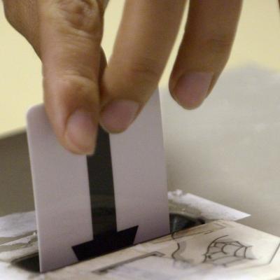 Élections: incident technique à Molenbeek, des électeurs devaient voter pour des fruits et des légumes