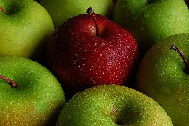 Les pommes françaises sont bien empoisonnées aux pesticides, la justice donne raison à Greenpeace - France 3 Basse-Normandie