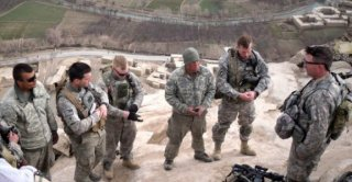 Army chaplains need training to help suicidal soldiers