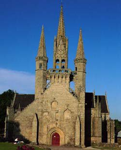 Les chapelles et les Halles du Faout, le Morbihan, Bretagne Sud