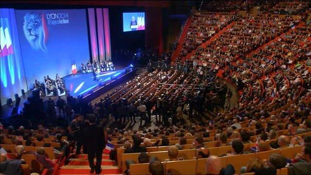 Prêt du FN: le parti dévoile les refus des banques françaises