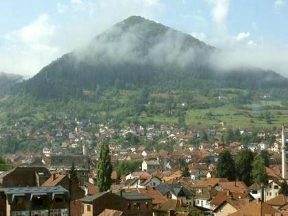 Pyramides de bosnie : des signaux électromagnétiques inexplicables par notre « science - rusty james news