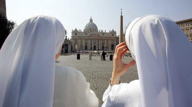 Italie: Une nonne se plaint de douleur au ventre, elle accouche d'un petit garçon
